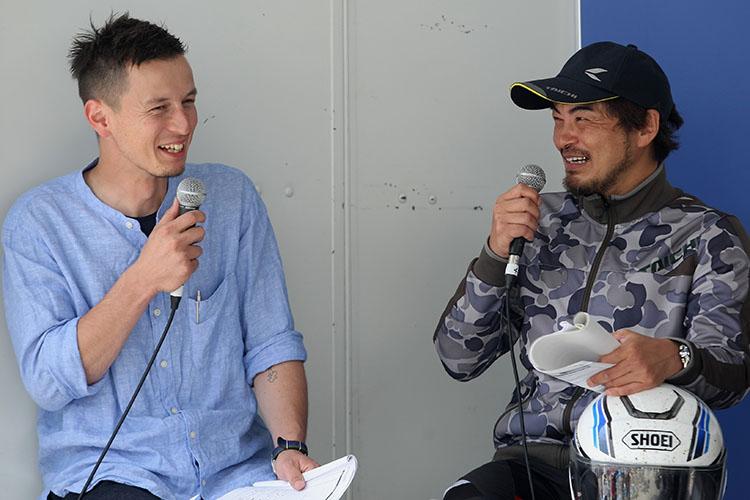ノアさんと高橋さん、Vストローム大ファン同士のジャーナリスト談義はときに業界的キレ味一杯に展開