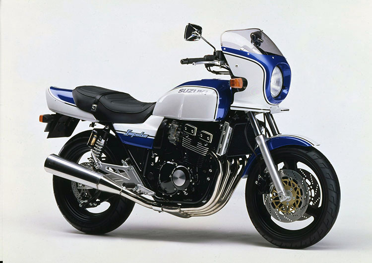 GSX400IMPULSE TYPE S パールスティルホワイト×パールスズキミディアムブルー