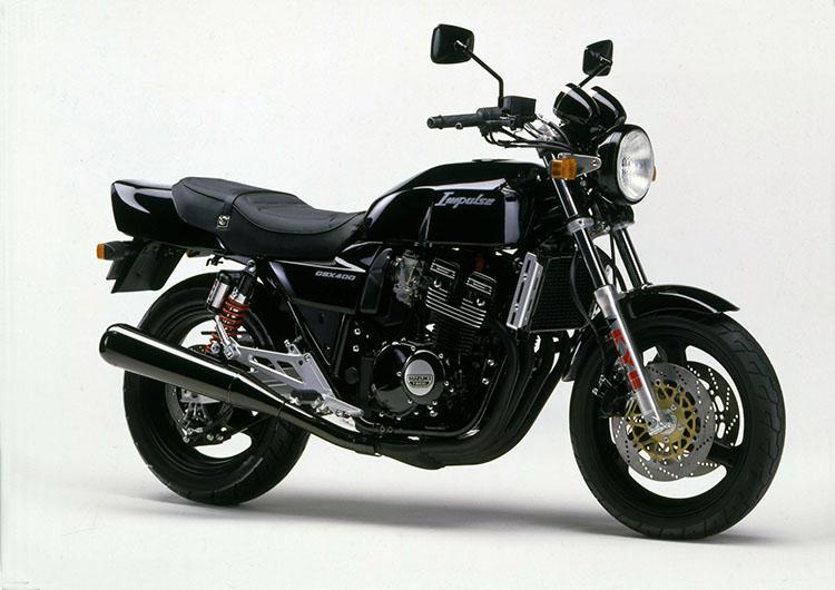 GSX400IMPULSE パールノベルティブラック