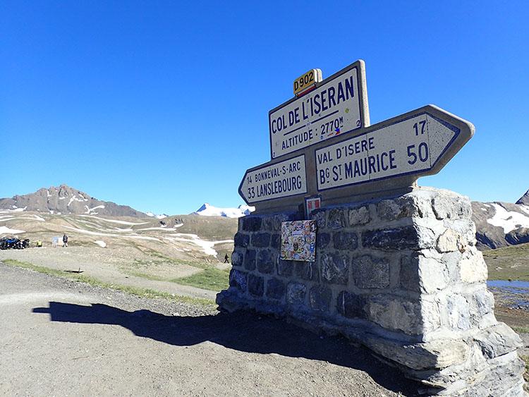 11ヨーロッパアルプスの峠で最も高いイズラン峠