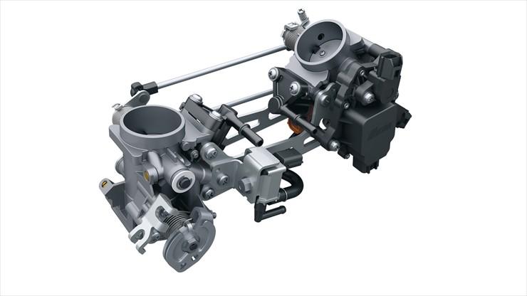 19_SV650AL6_Throttle.jpg