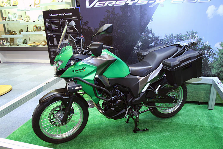 VERSYS-X250 ABS TOURERも