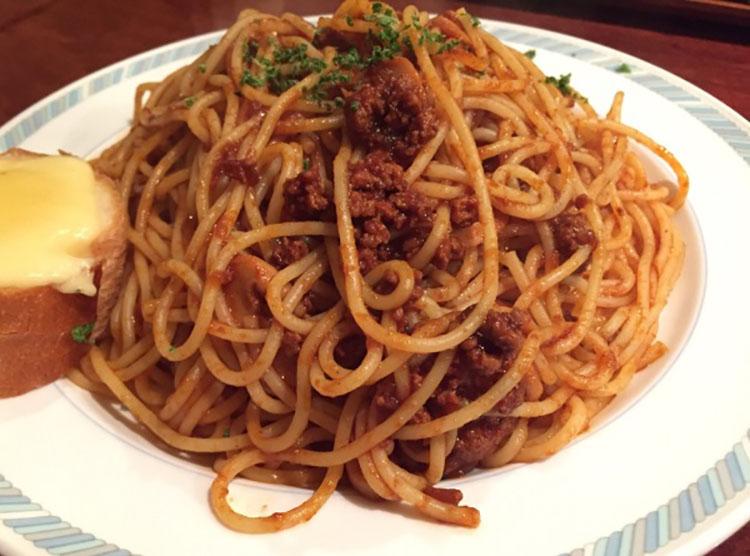 大盛りスパゲティ