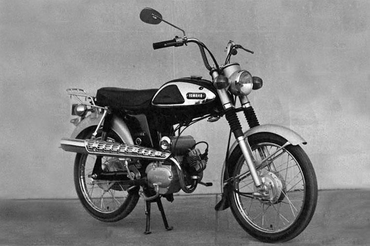 1964年 YAMAHA F5-S