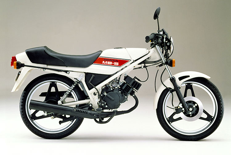 1979年4月 MB50 セラミックホワイト