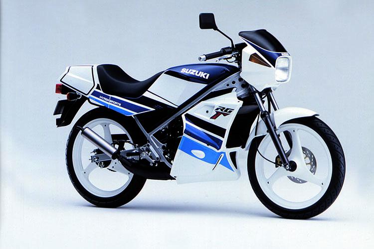 1990年1月 RG50Γ ブルー×ホワイト
