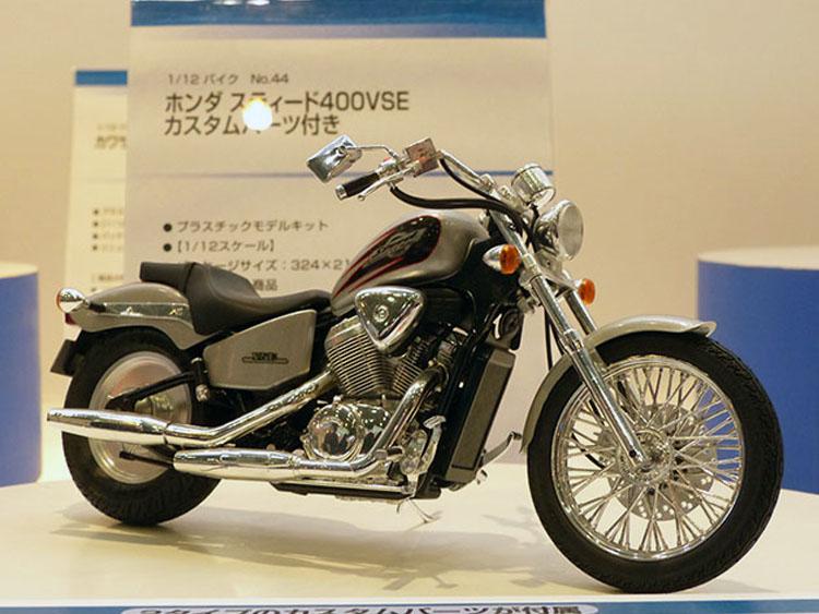 No.44ホンダ スティード400VSE カスタムパーツ付き 7月発売予定 3024円(税込)