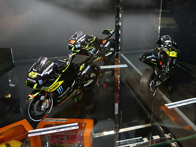 1/12ヤマハYZR-M1 MONSTER YAMAHA TEHC3 各15000円(税別)