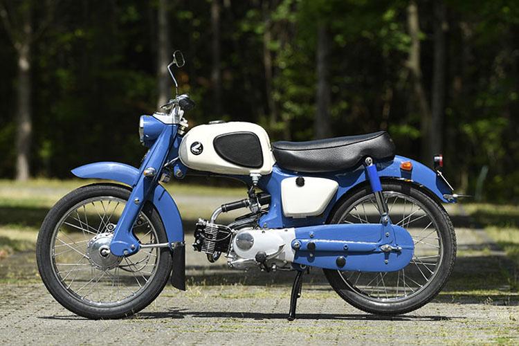 1960年 カブC110スポーツ
