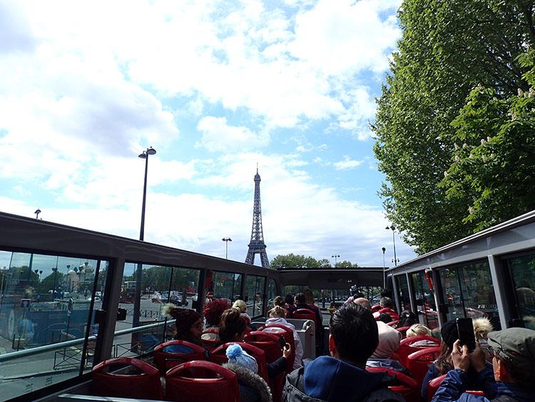 最終日はパリ1日観光をして終了です