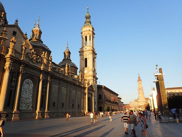 12サラゴサのピラール聖母教会
