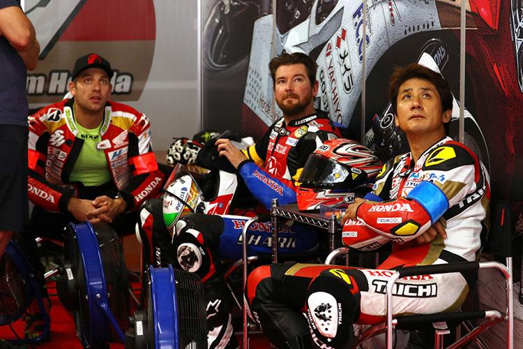 伊藤真一、グレッグ・ブラック、ダミアン・カドリン。ジョシュ・フックがTSRに移り、背が高いほうに揃ったTeam SuP Dream Honda