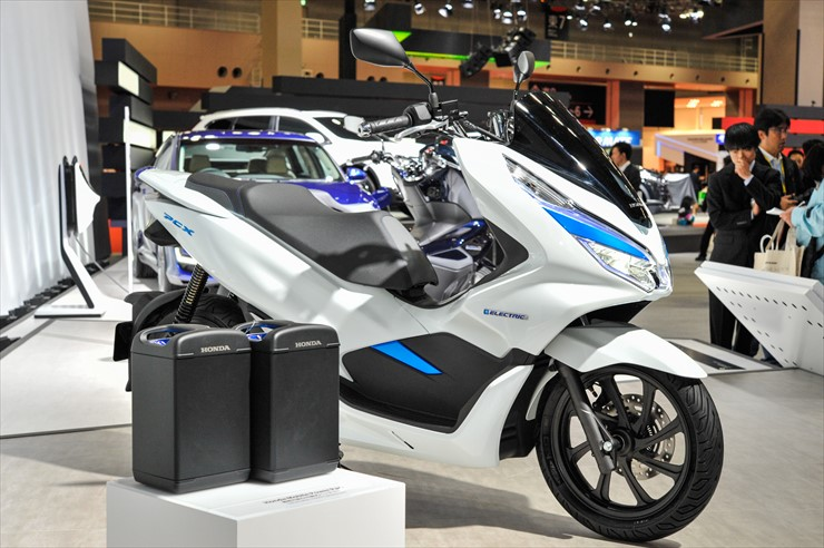 pcx_electric_05.jpg