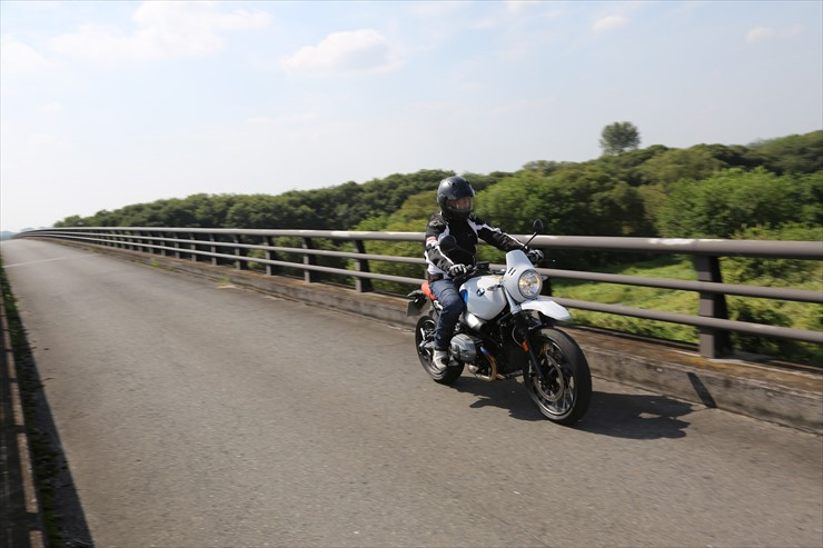 riding04.jpg
