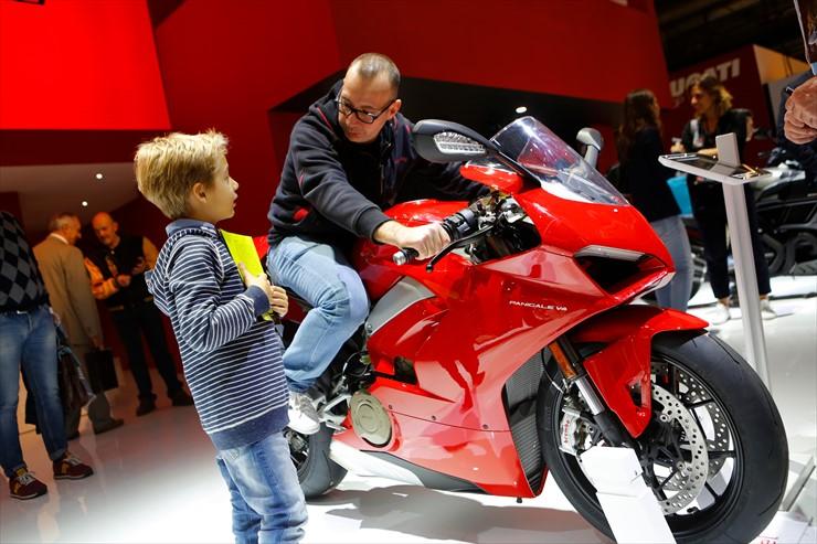016_Ducati_J0A8406.jpg