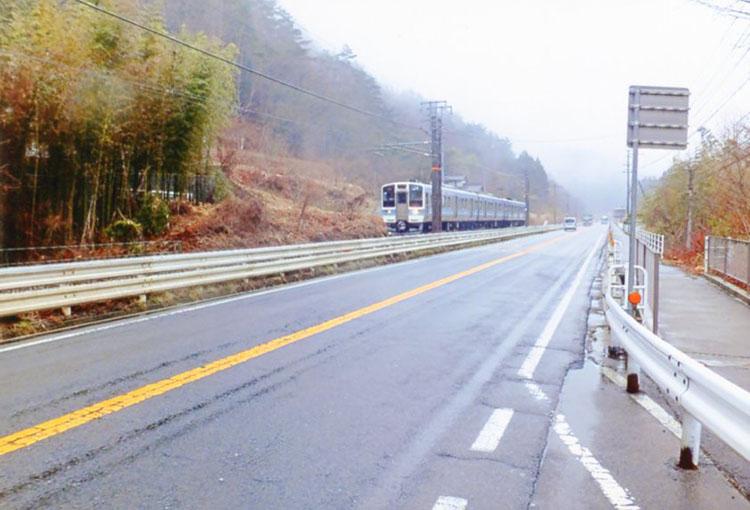 雨の木曽路