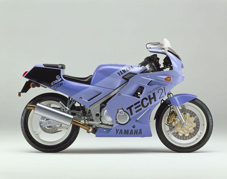 FZR250(3HX3) エンデュランスライトブルー