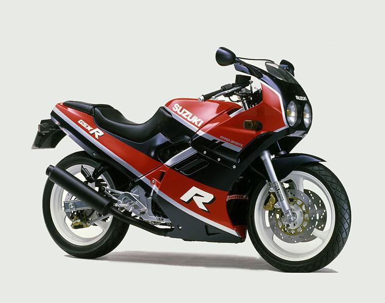GSX-R250(GJ72A) レッド・ブルーツートン
