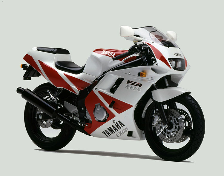 FZR250R(3LN5) シルキーホワイト×アップルレッド