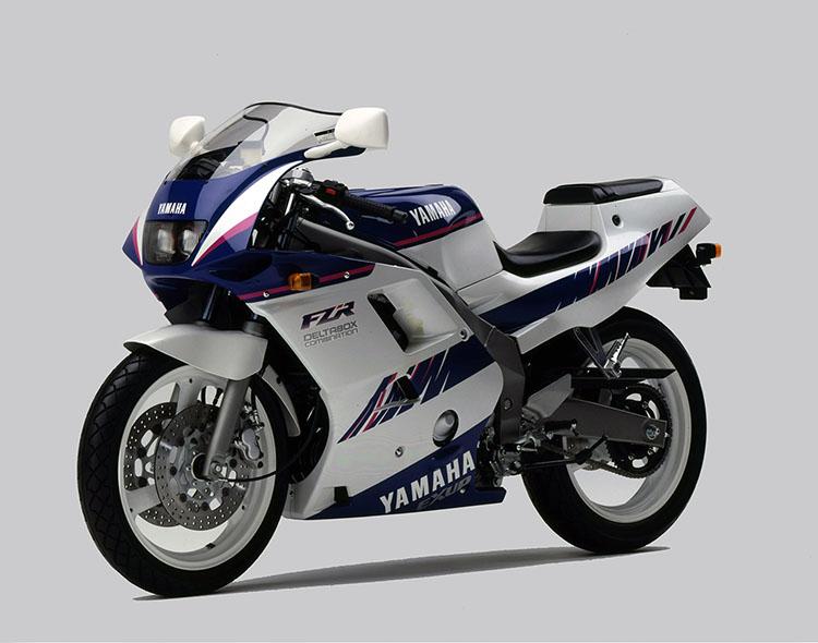 FZR250R(3LN5) シルキーホワイト×ダイナスティーブルー