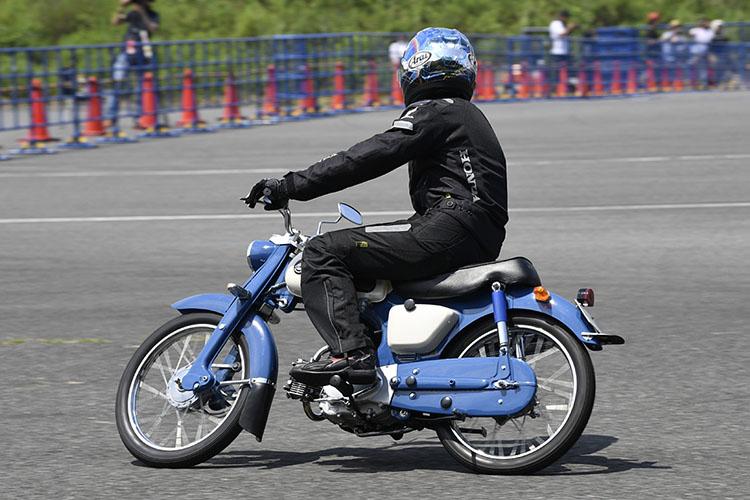 スポーツカブC110