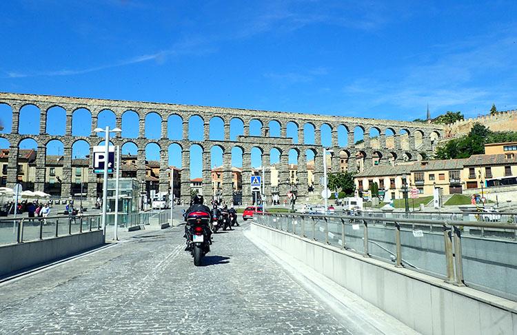 5セゴビアの水道橋です