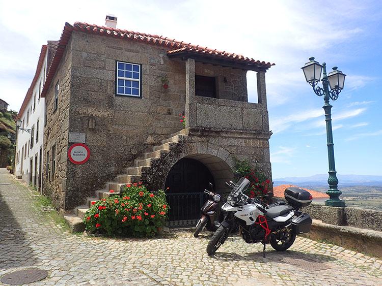 9ポルトガルの小さな田舎町を巡る