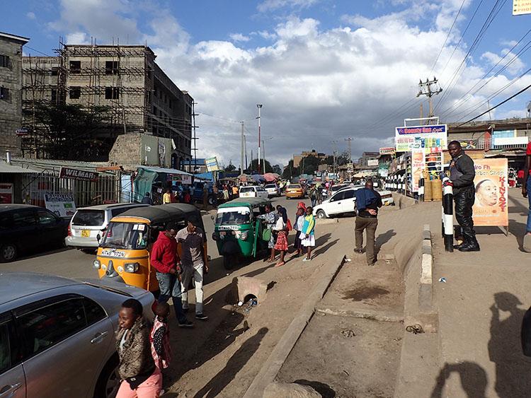 1ナイロビ郊外を散歩