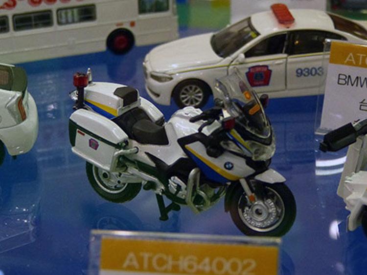 BMW R900台湾警察の白バイ