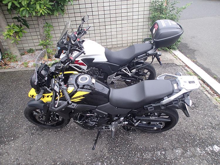 ホンダ400XとVストローム250