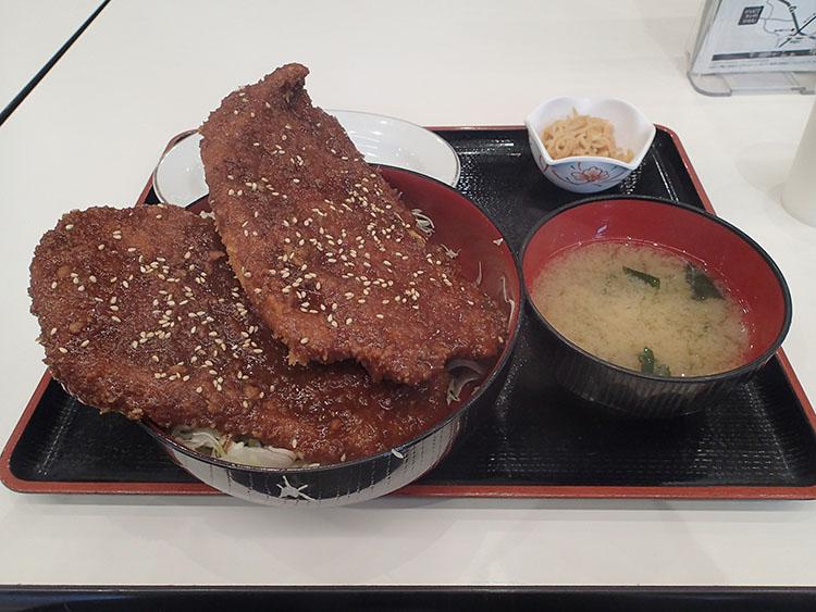 わらじソースカツ丼